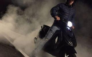 Почему дымит 4-тактный скутер (фото и видео)
