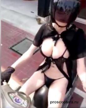 Девушка в сексуальном нижнем белье