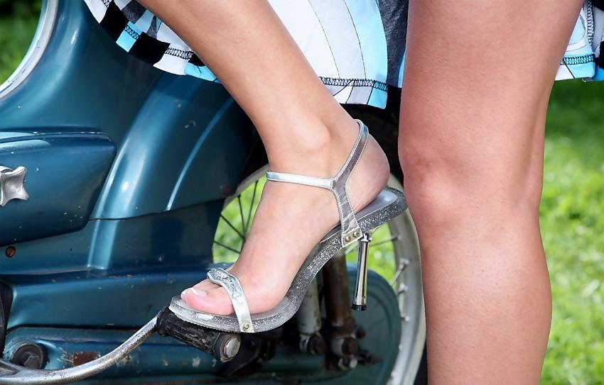 фото ноги на стартере
