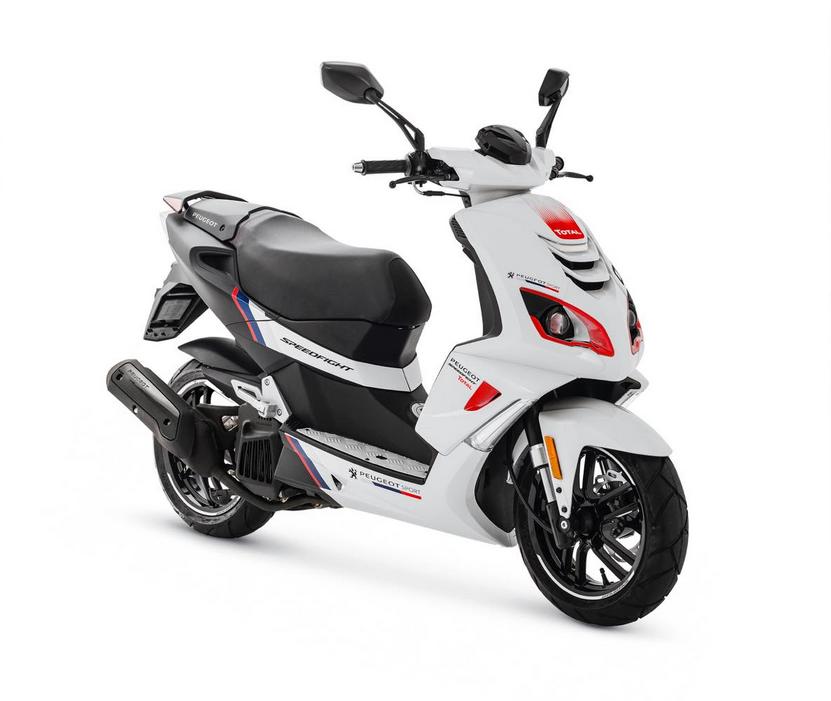 фото нового скутера